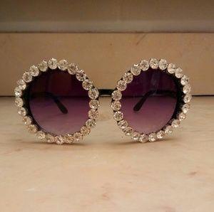 Accessories - Brand new Rhinestone sunglasses